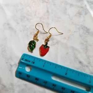 Hand Crafted Jewelry - STRAWBERRY LEAF   Enamel Earrings Stainless Steel